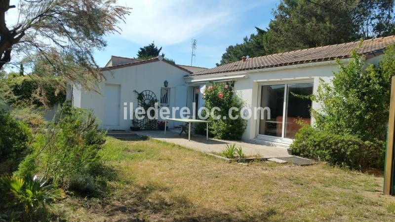 Location ile de r maison familiale jardin expos sud for Location maison ile de re derniere minute